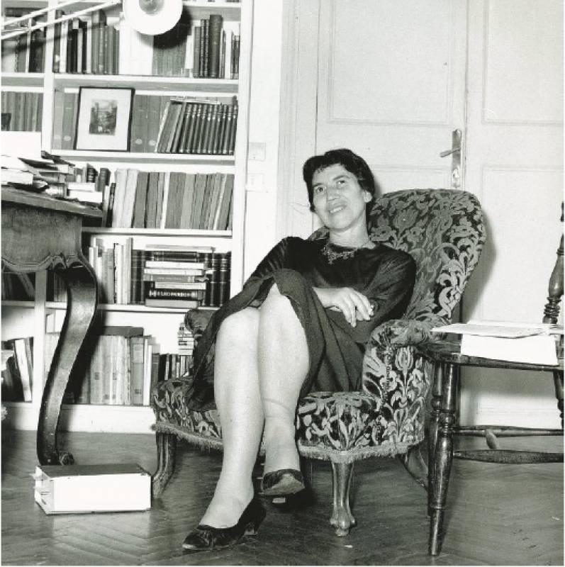 Reading in translation : numero speciale dedicato a Natalia Ginzburg